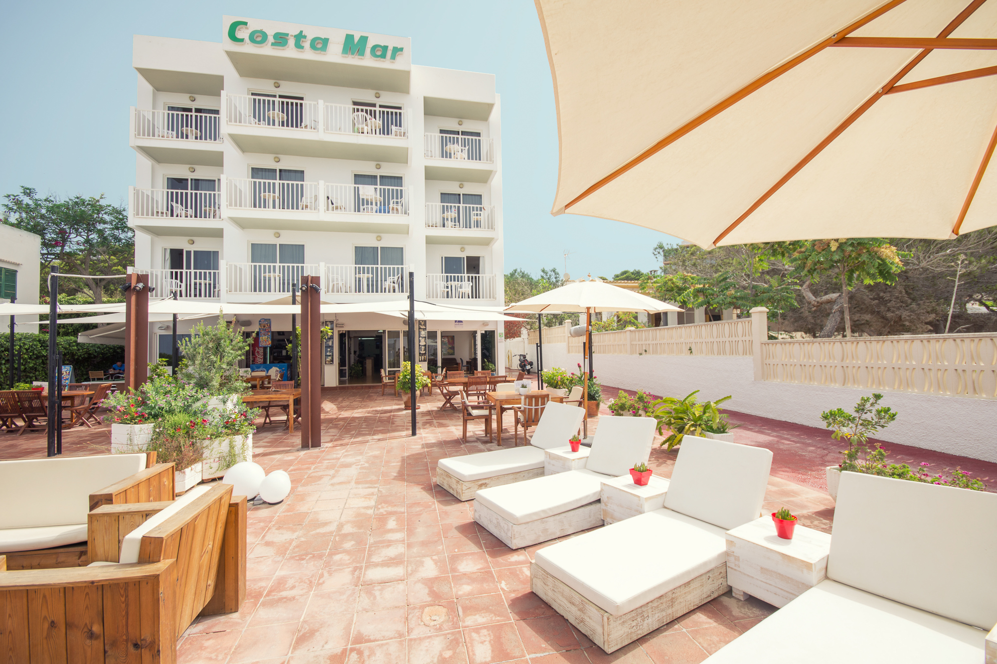 Costa mar apartments san antonio ibiza ibiza spotlight for 13th floor studios san antonio