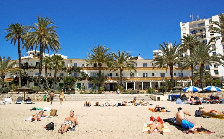 CHEAP HOTELS | IBIZA | RHYTHMTRAVELS.COM
